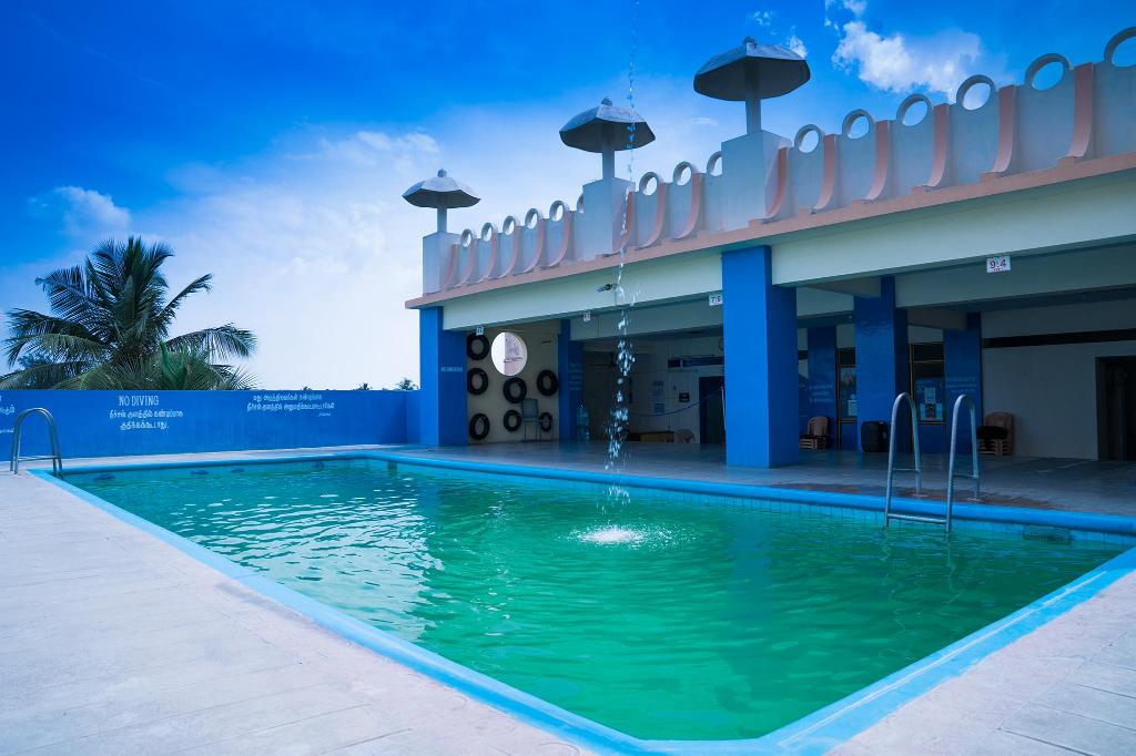 Swimming pool [outdoor] Hotel Chanma International