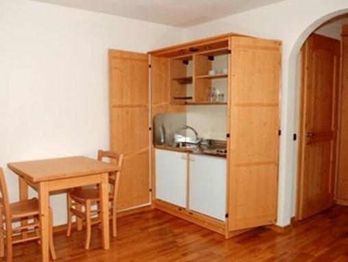 Habitació Familiar (2 Adults + 2 Infants) (Family Room (2 Adults + 2 Children))