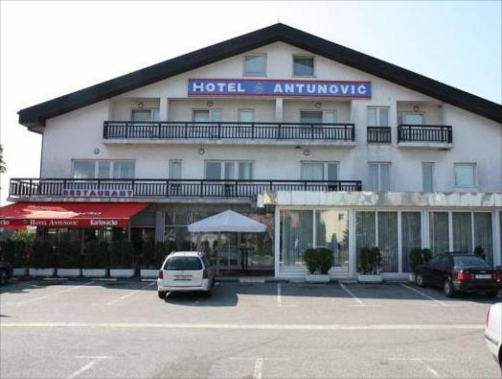 Antunovic Hotel East Sesvetski Kraljevec 2020 Updated Deals 47 Hd Photos Reviews