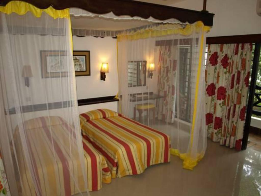 Double or Twin Room with Garden View Papillon Lagoon Reef Hotel