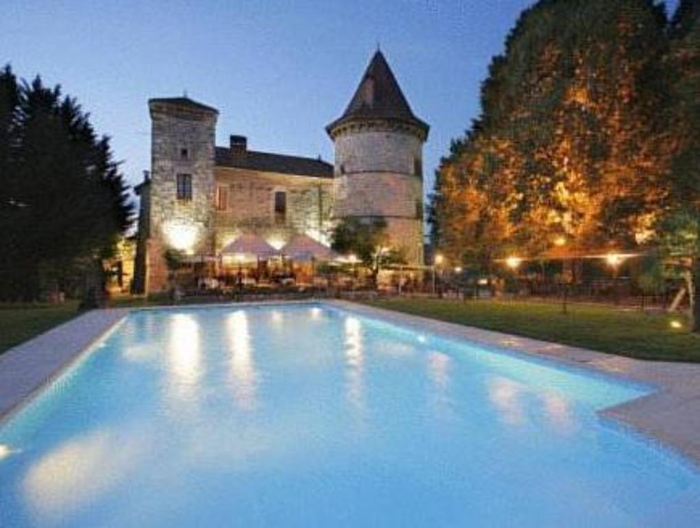 prix le plus bas meilleure sélection pas cher à vendre BOOK FROM NZ$217 >> Chateau Chapeau Cornu in Vignieu, France