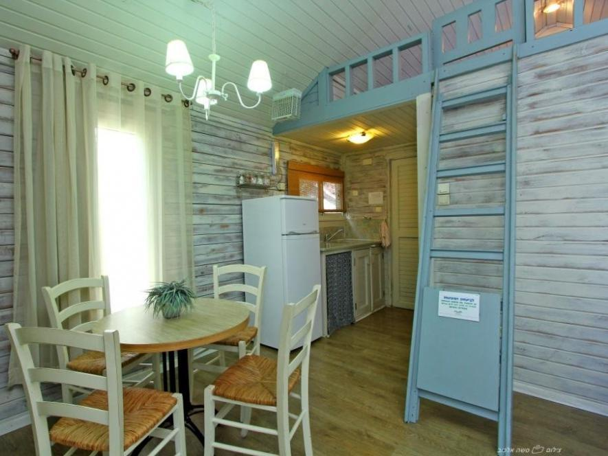 Chalet (2 Adults 3 Children)