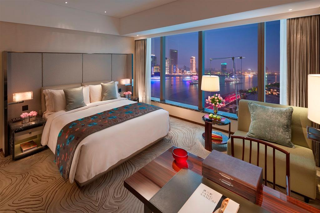 Club River View Room King