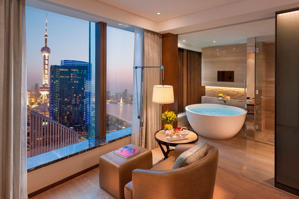 Club Mandarin River View Room