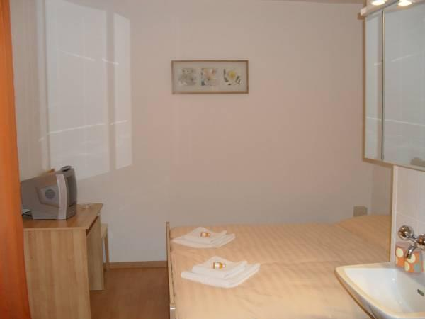 Double Room with Shared Toilet