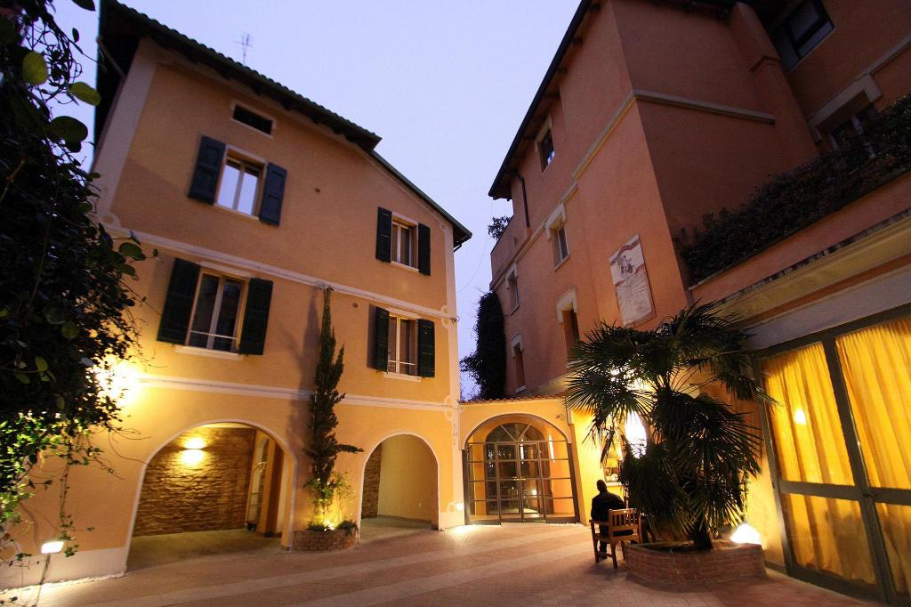 More about Hotel Il Guercino