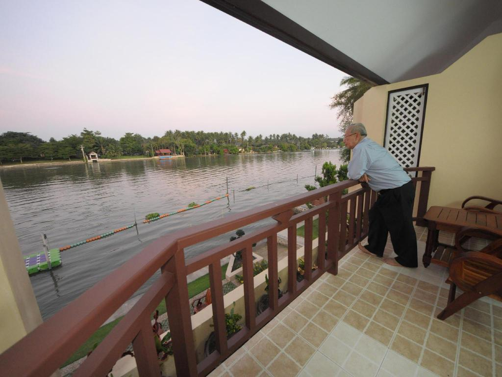 Balcony/terrace Maeklong Marina Resort
