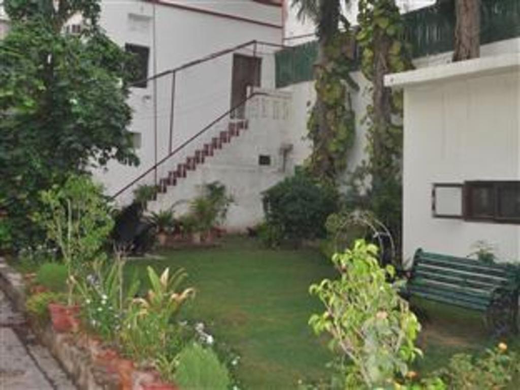 Hotel Pulse Impulse Best Price On Hotel Kabli In New Delhi And Ncr Reviews