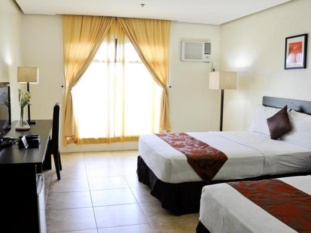 Deluxe Double Room Premiere Citi Suites