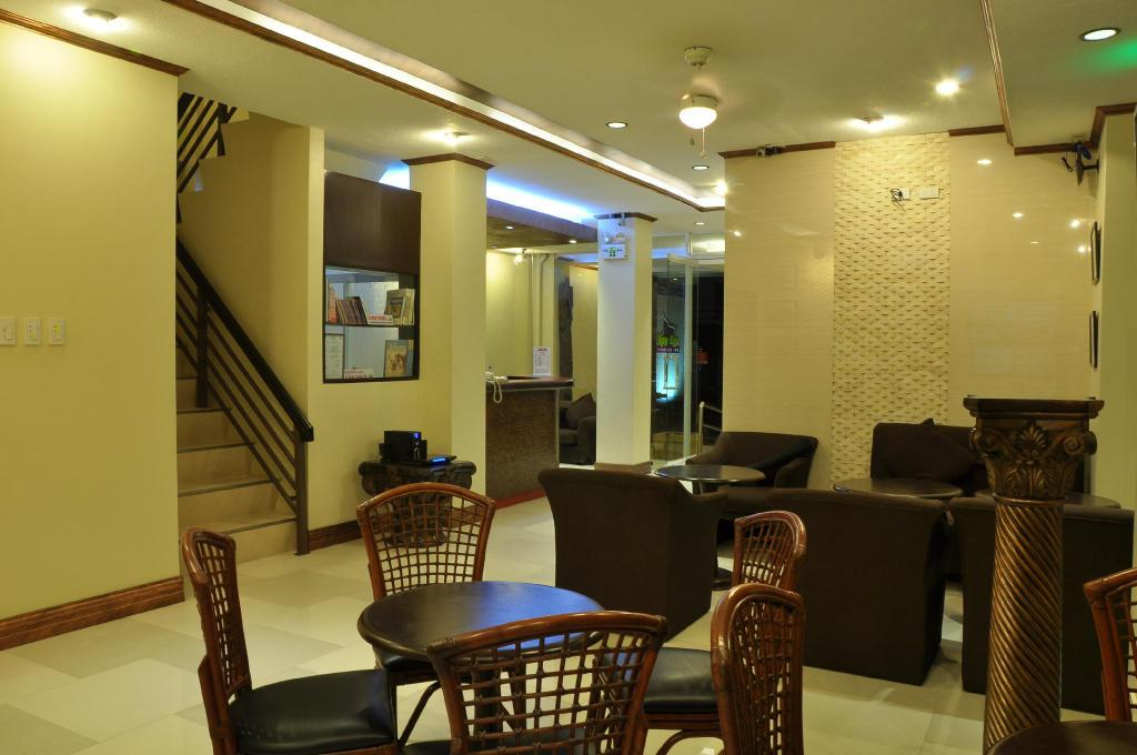 Lobby New Era Pension Inn Cebu