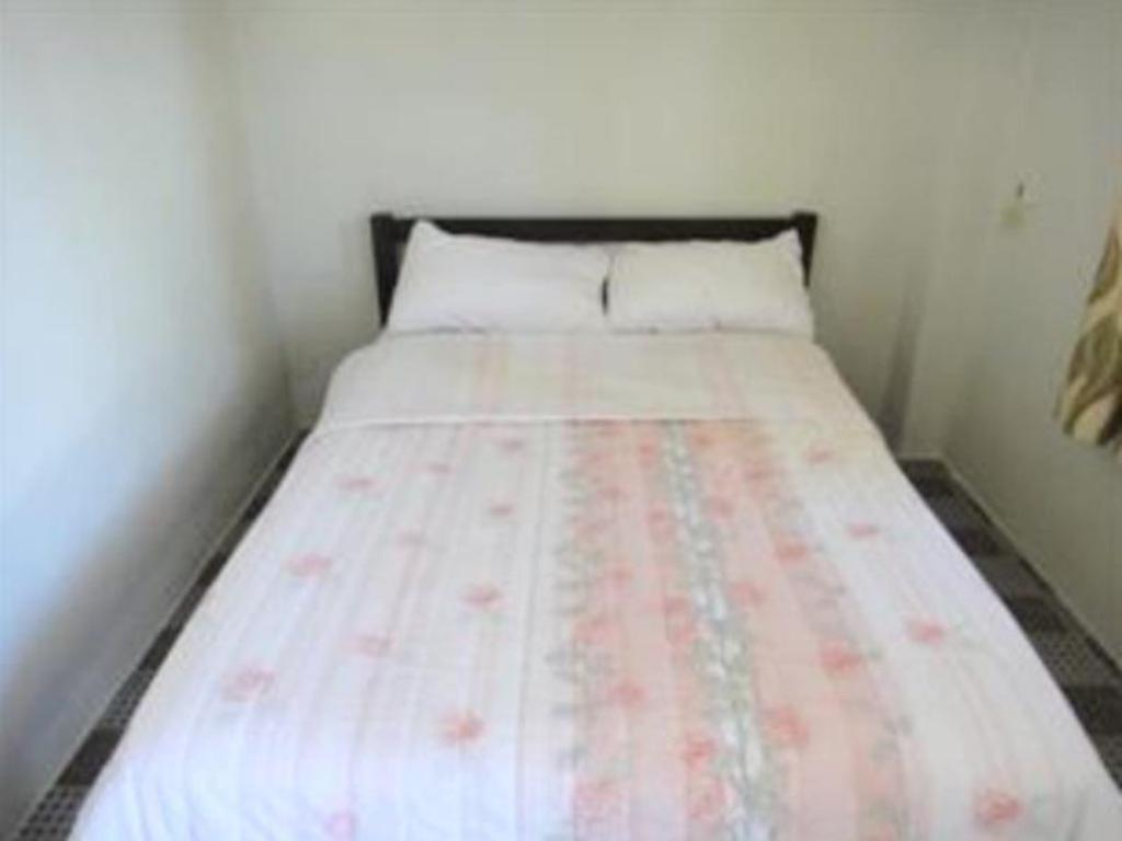Standard Double Bed - Bed Alisa resort