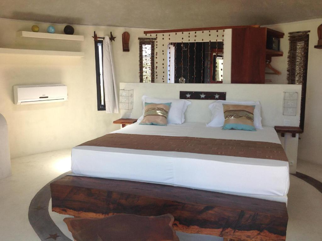 Superior Room - Bed Domaine de la Paix Rodrigues Guest House