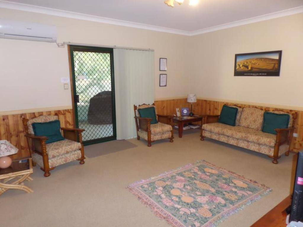 Interior view Bungadoo Country Cottage