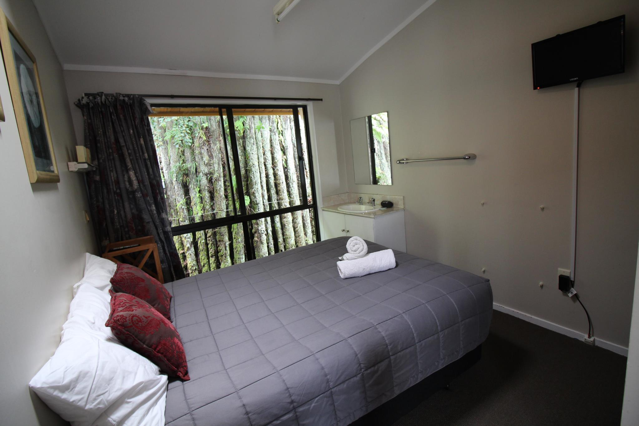 Double Room with Shared Bathroom (Price per room)