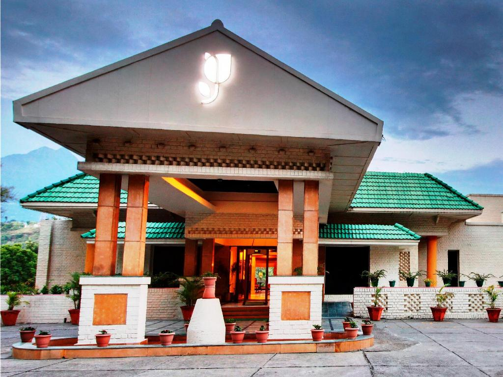 Country Inn Suites By Radisson Vaishno In Katra Jammu And Kashmir