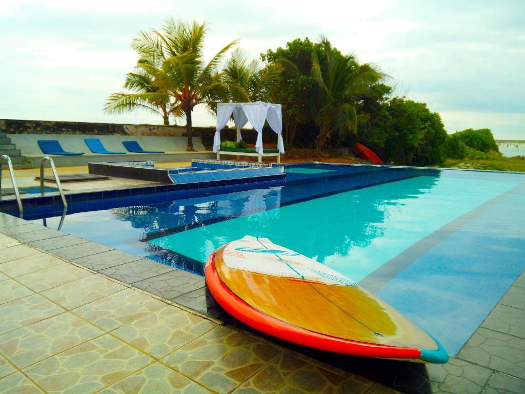 South Beach Resort In Unawatuna Room