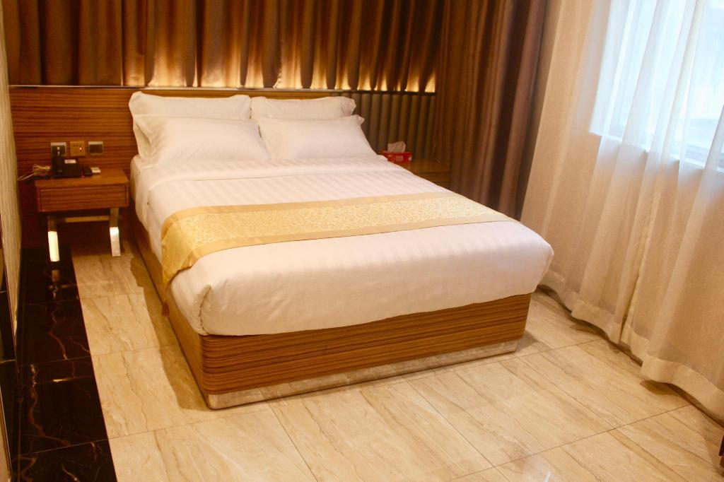 Standard 1 King Bed - Bed Hong Thai Hotel