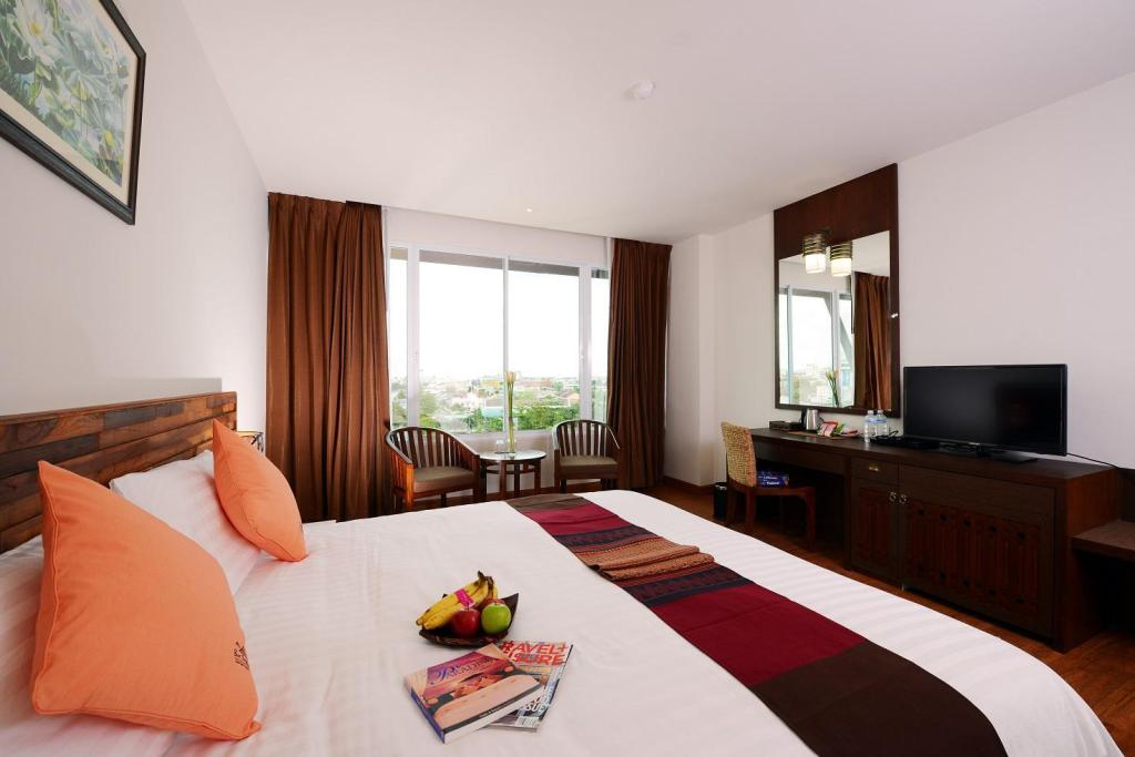 Superior King Bed - Room plan Buri Sriphu Hotel & Convention Centre