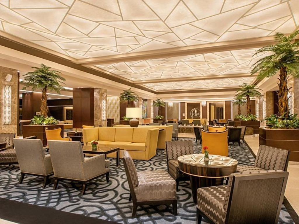 クリムゾンホテル ホラー