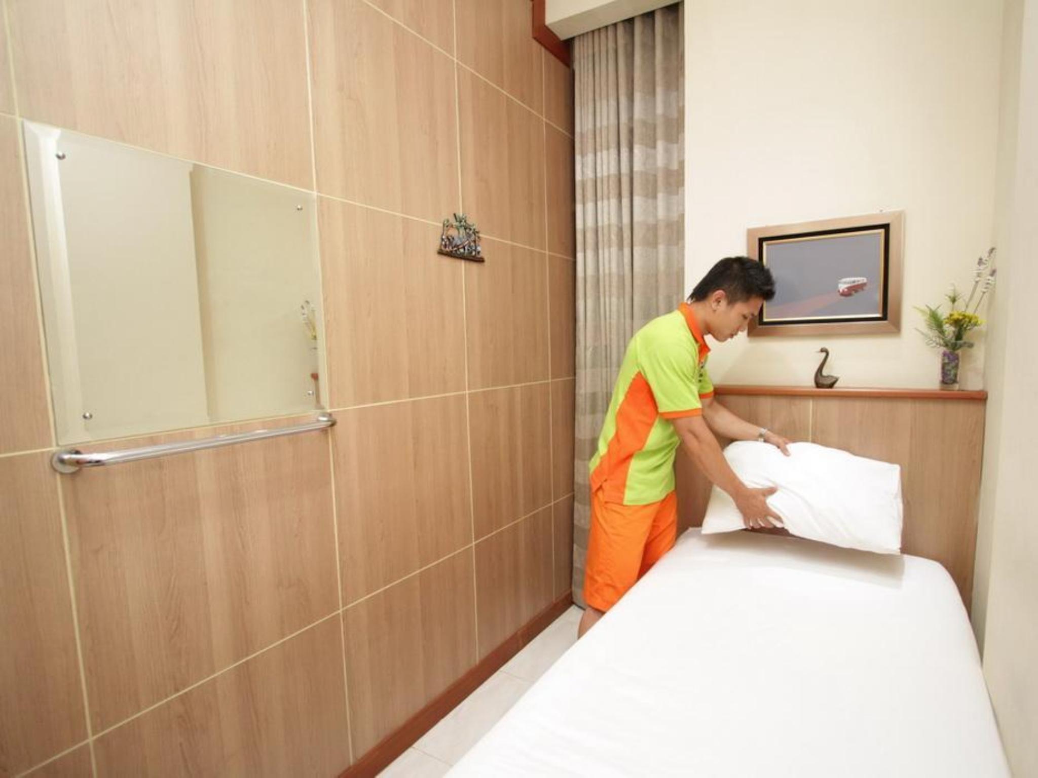 The Cabin Hotel Yogyakarta Booking Deals Photos Reviews