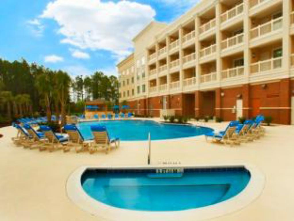 Swimming pool Holiday Inn & Suites Dothan