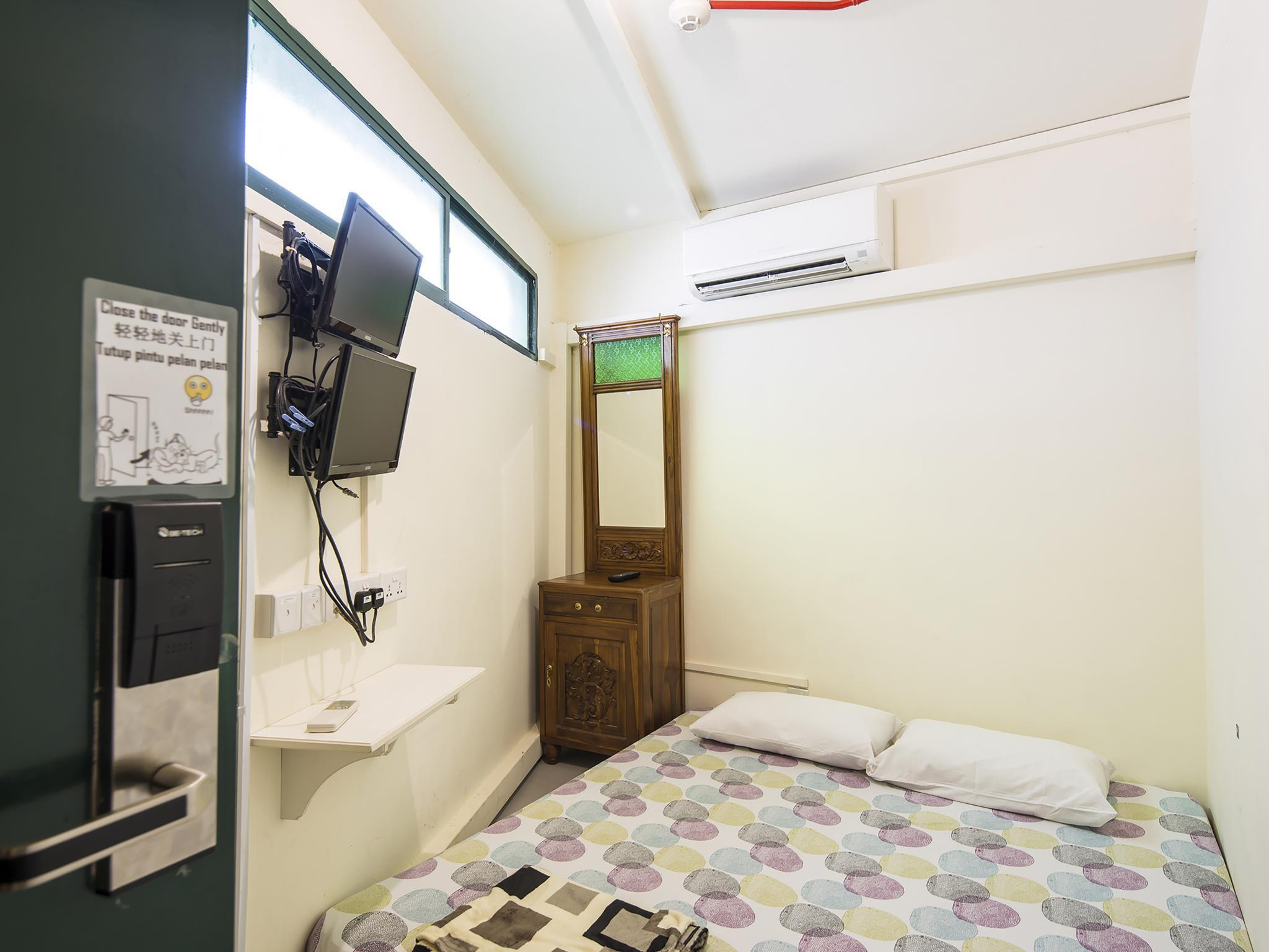 Double Room with shared bathroom room
