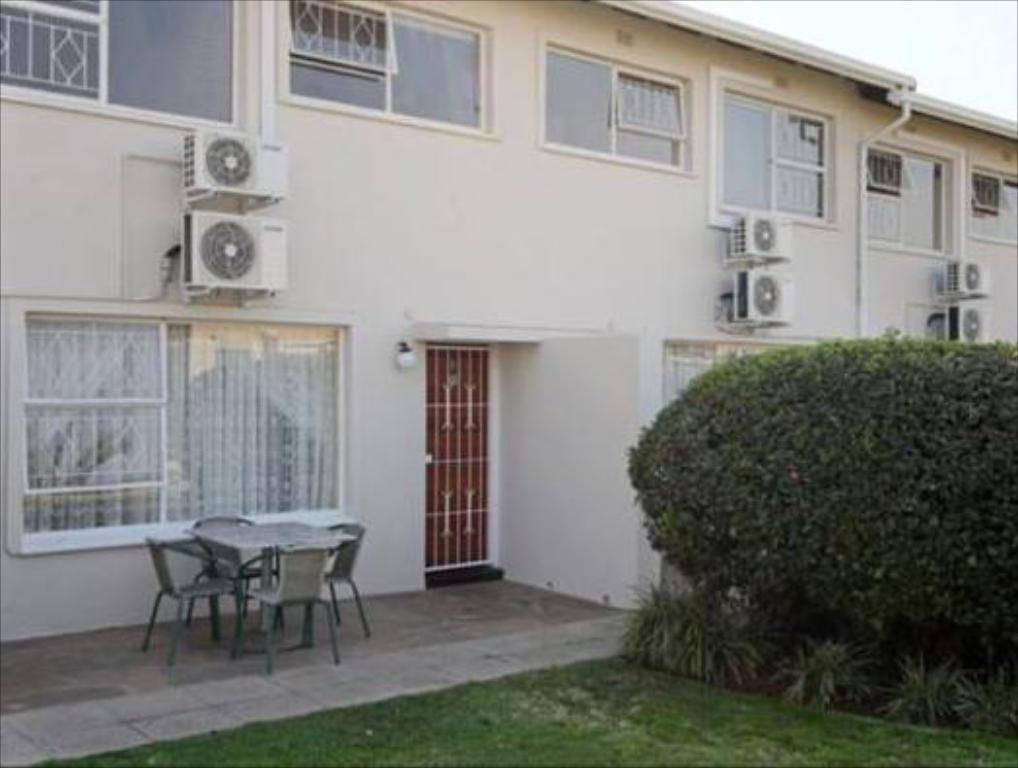 Vetho 1 Apartments OR Tambo Airport