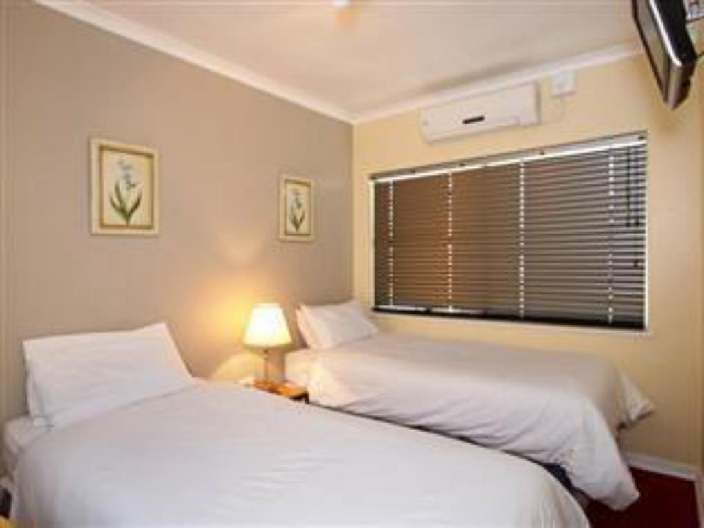 double rooms Vetho 1 Apartments OR Tambo Airport