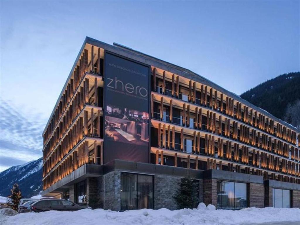 Dorfstadl****S | Hotel / Ferienwohnung / Appartement in Kappl