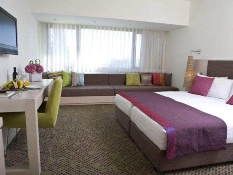 Suite Familiar Superior (2 adultos + 2 crianças) (Superior Family Suite (2 Adults and 2 Children))