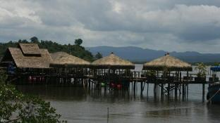 Thmorda Riverside Resort