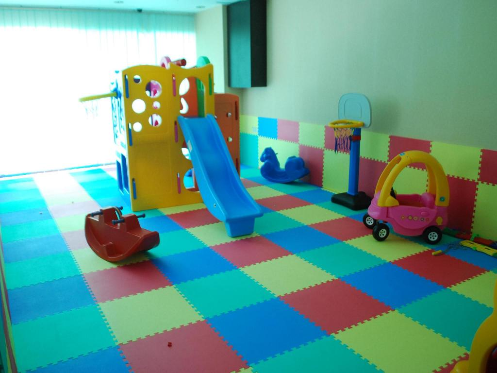 Kid's club Pearl White Hotel