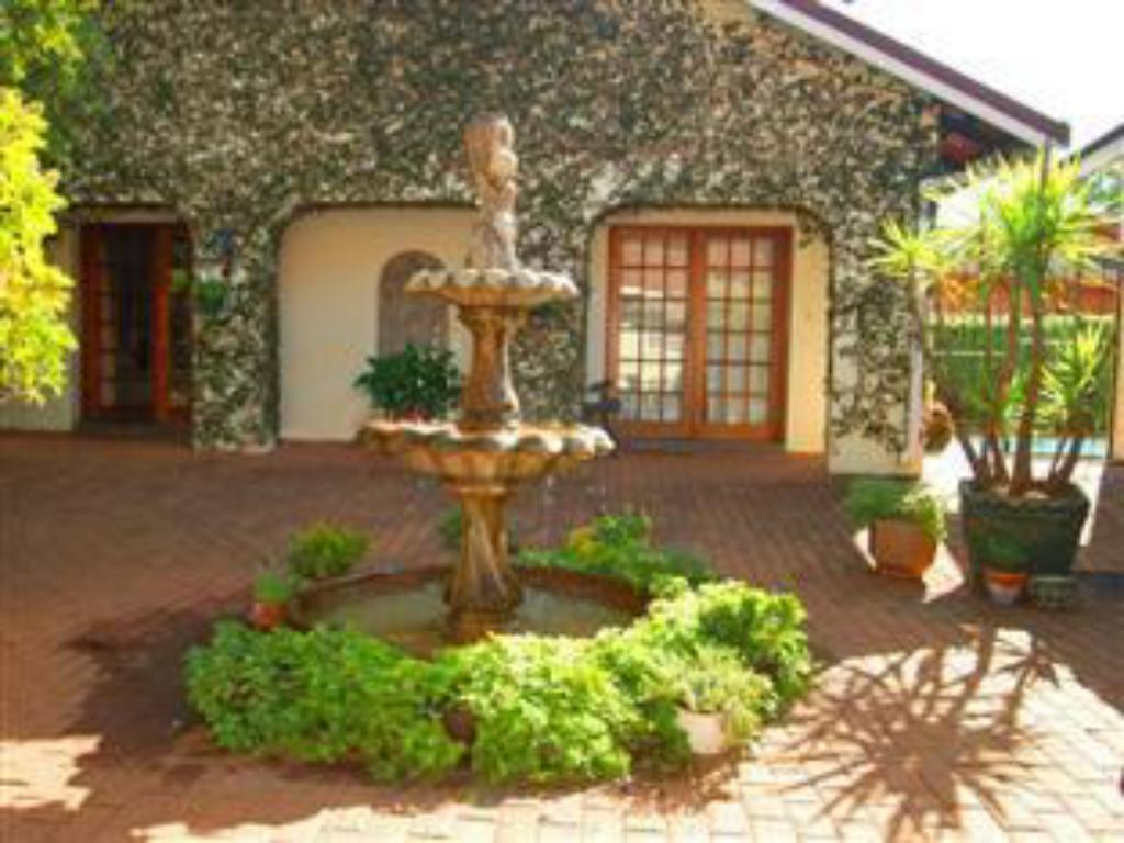 More about Bezuidenhout Guest House