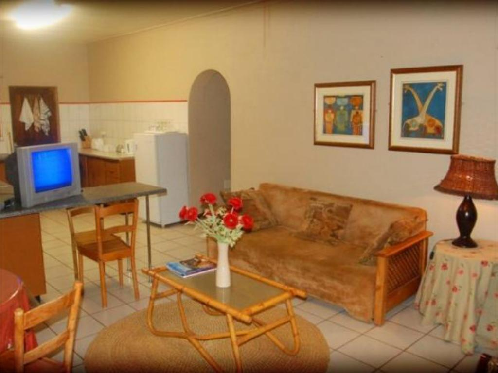 Family Self Catering Apartment - Quarto de hóspedes Bezuidenhout Guest House