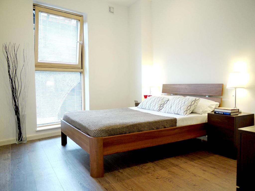 Inminente A merced de si puedes  Southwark Nike Apartments Entire apartment (London) - Deals, Photos &  Reviews