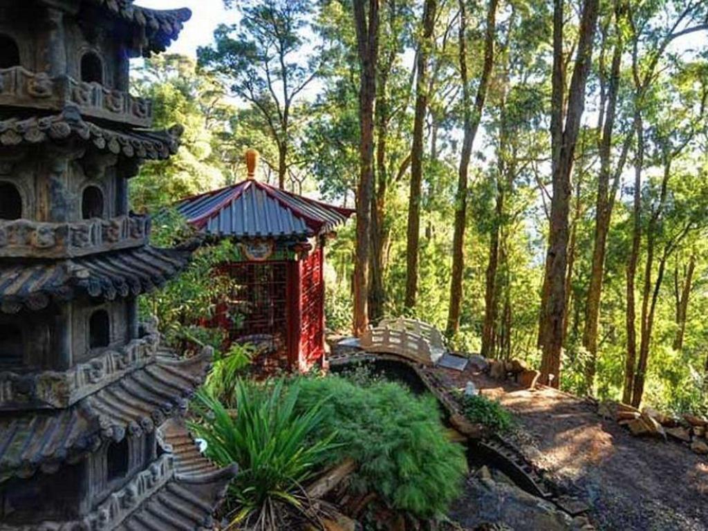 Book Mt Dandenong Imperial Retreat (Mount Dandenong Ranges