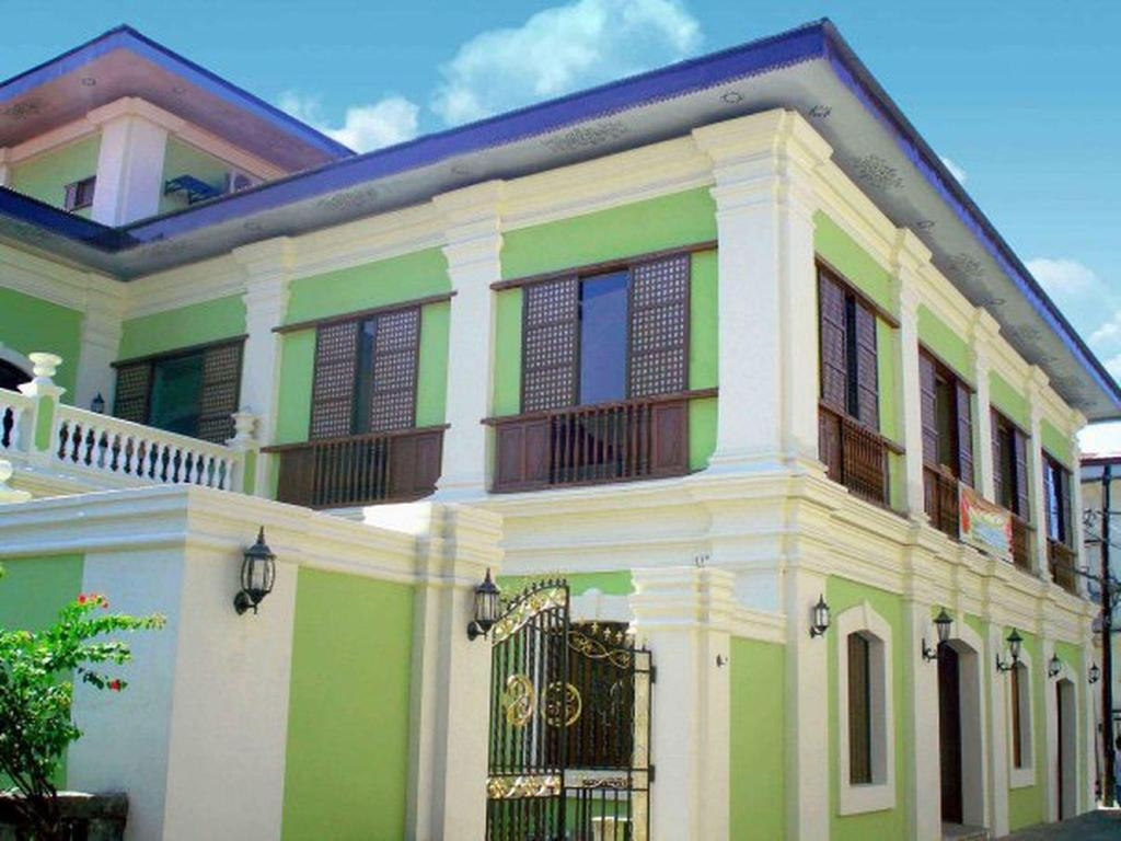 More About Hotel Salcedo De Vigan