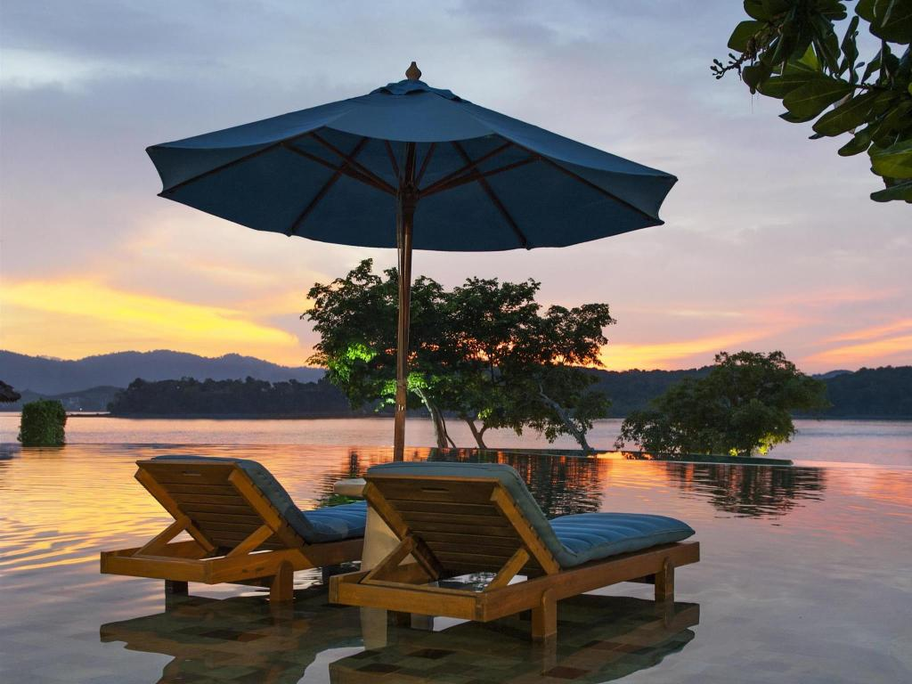 Außenpool The Naka Island, A Luxury Collection Resort & Spa (The Naka Island a Luxury Collection Resort And Spa)