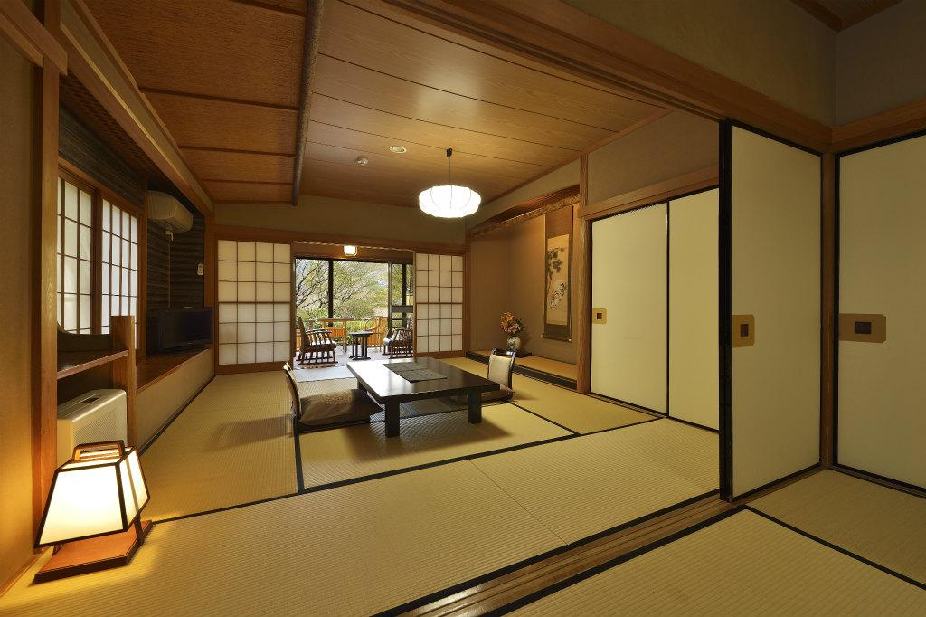 日式客房 - 有專用衛浴 (Japanese Style Room - Private Bath)