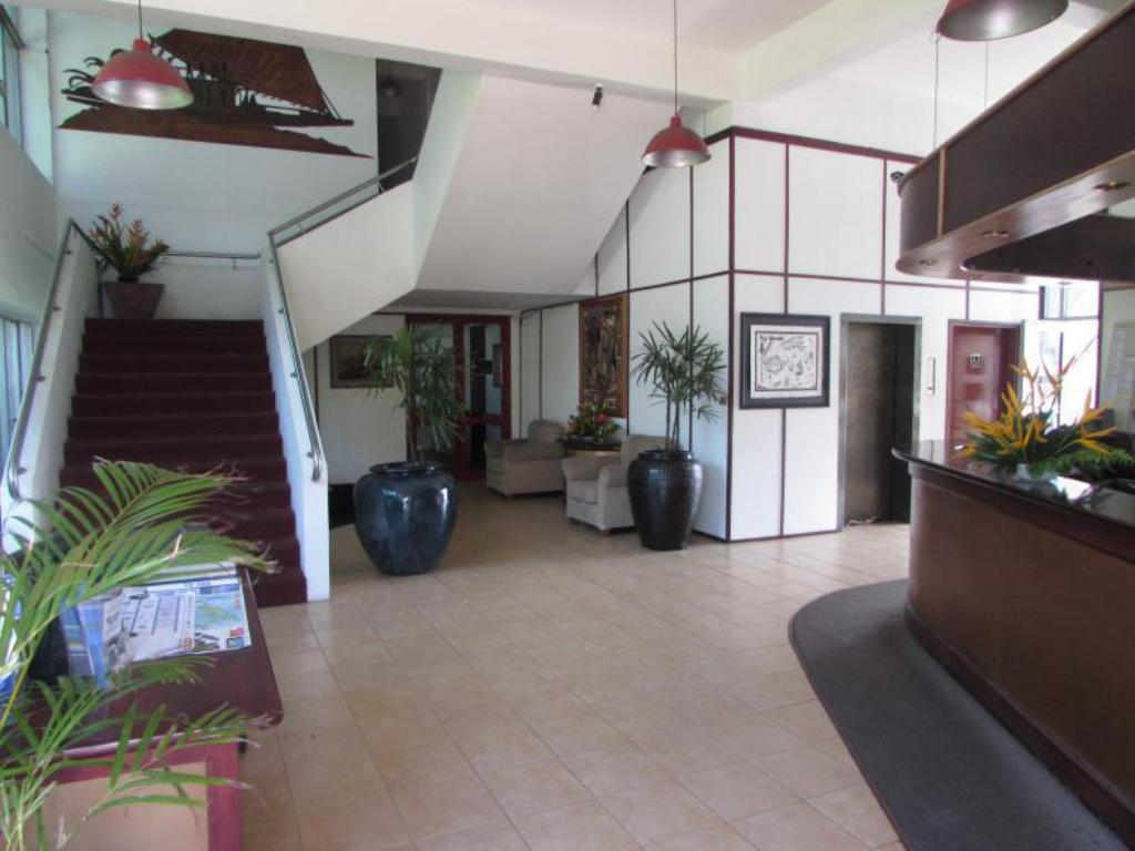 Best Price on De Vos on the Park in Suva + Reviews!
