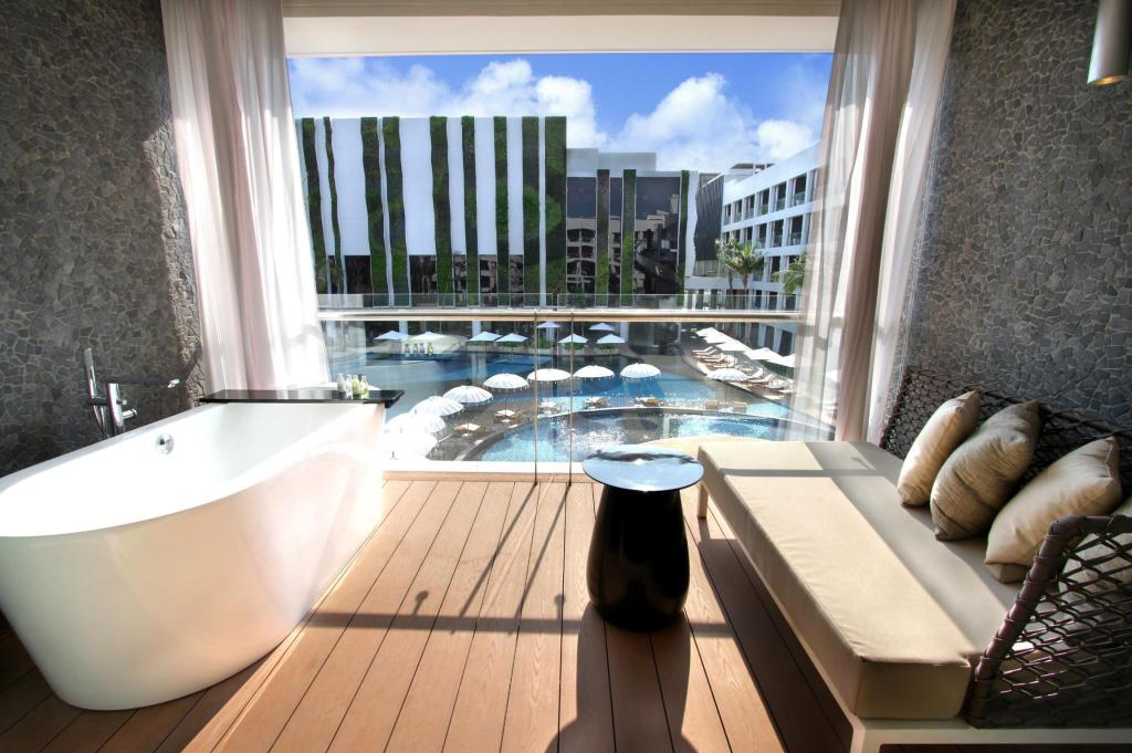 Deluxe Pool View Room - Balcony/terrace The Stones Hotel - Legian Bali, Autograph Collection