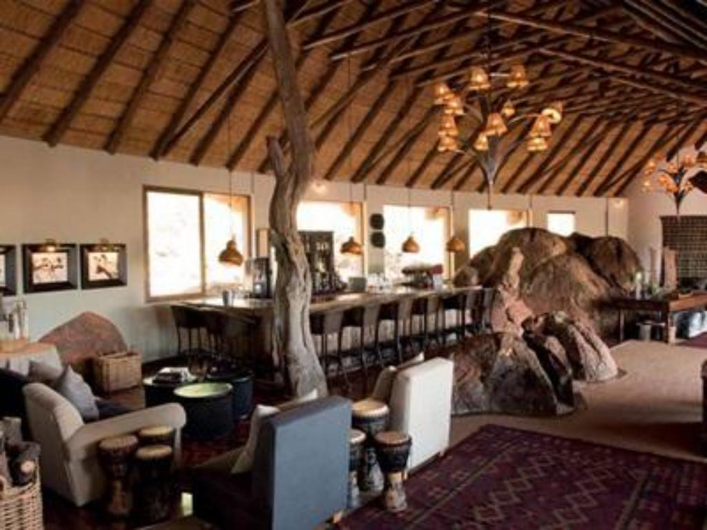 Vista interior Madikwe Hills Private Game Lodge