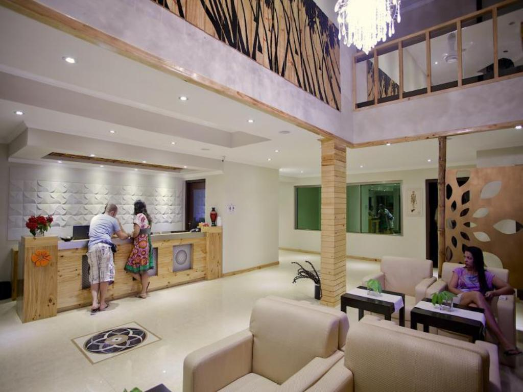 Lobby Kaani Beach Hotel at Maafushi