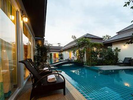 Pool Hi Villas
