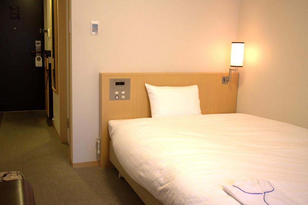 Double Room - Non-Smoking - Interior view Daiwa Roynet Hotel Hiroshima