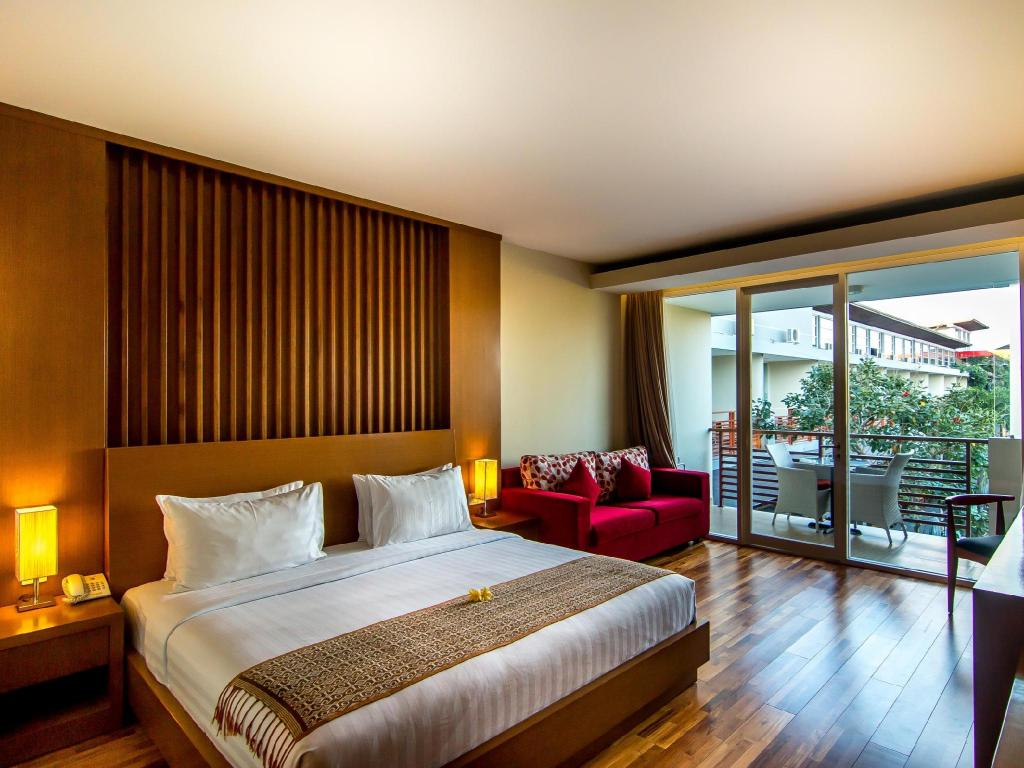 More about Seminyak Square Hotel