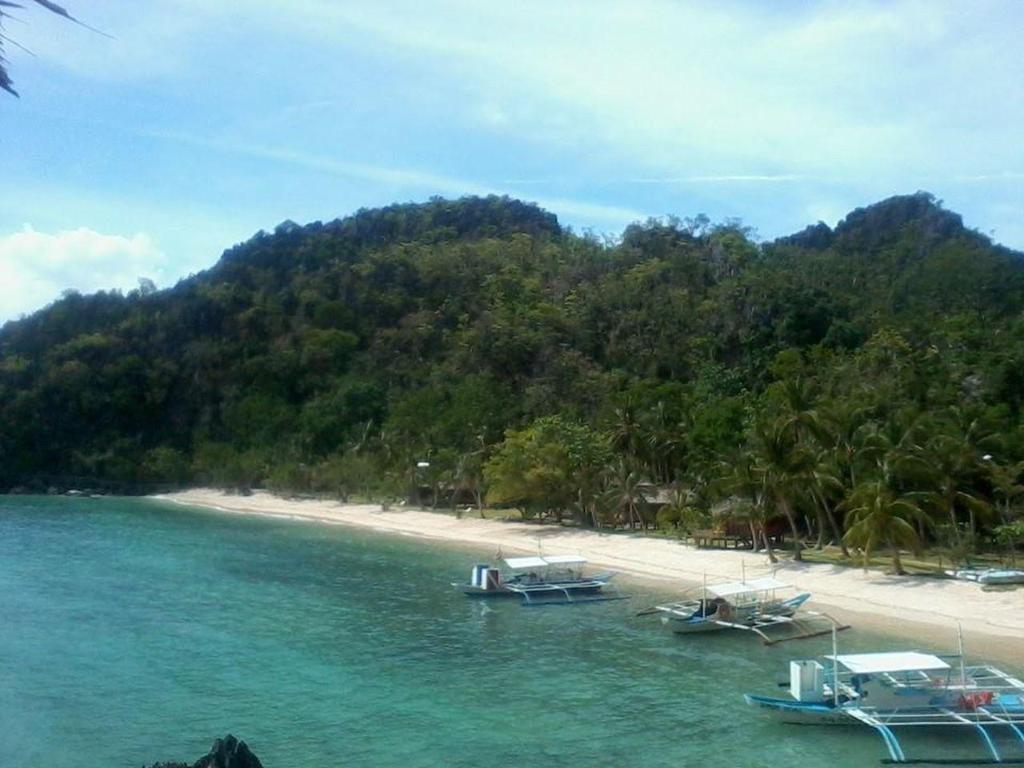 Sangat island dive resort in palawan room deals photos - Sanom beach dive resort ...