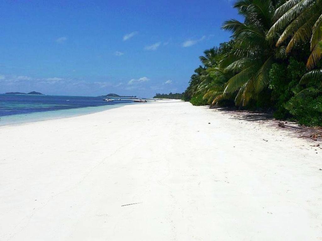 Villas De Mer Resort Seychelles Islands Deals Photos