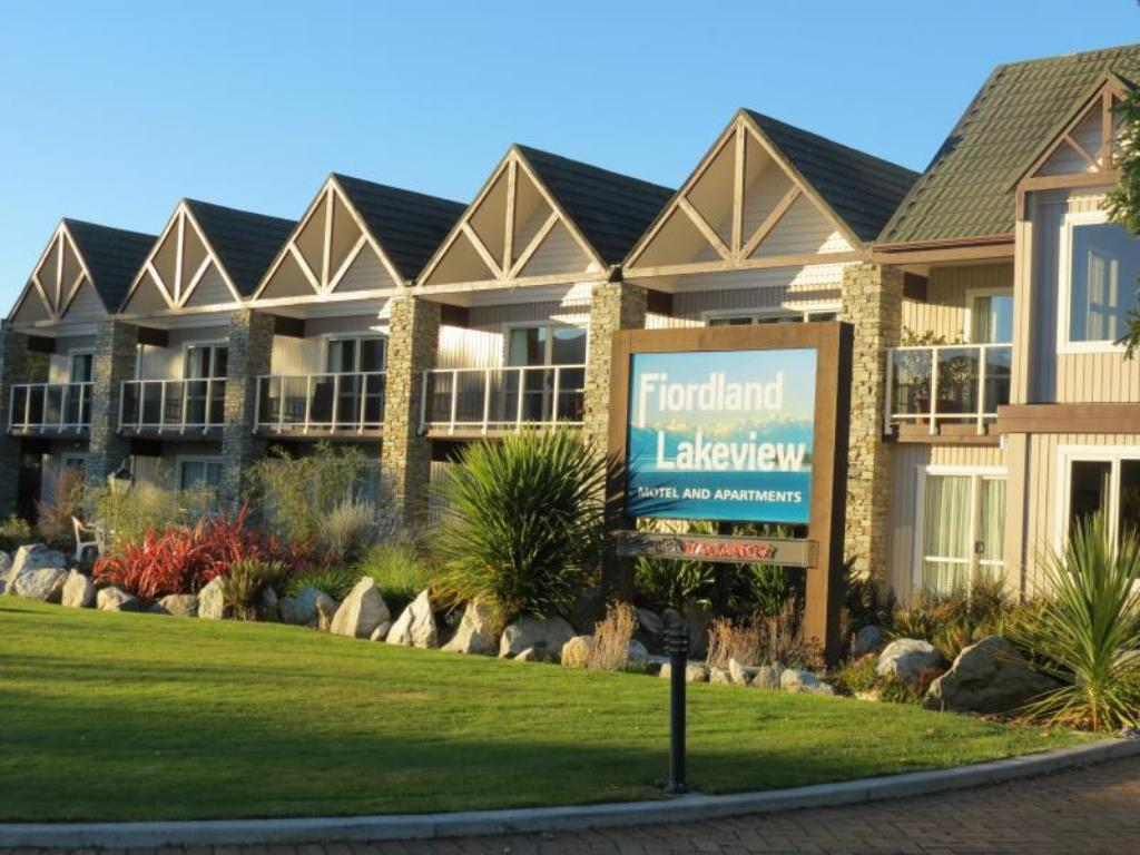 峡湾湖景汽车旅馆公寓 (Fiordland Lakeview Motel & Apartments)