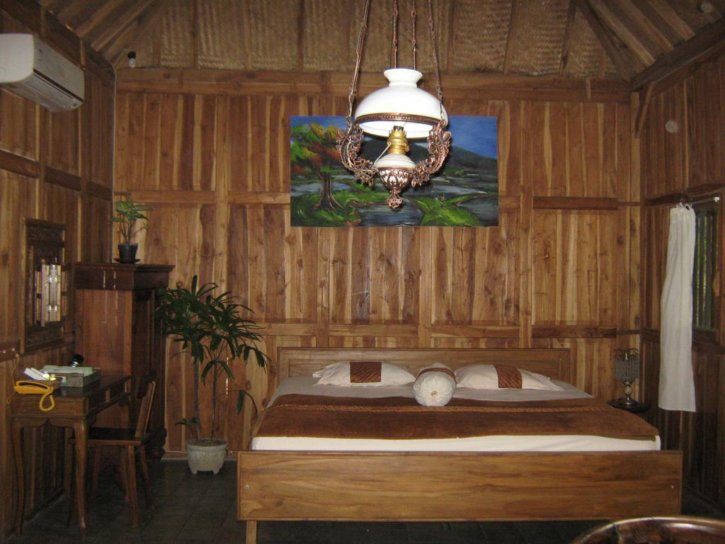 Homestay Tembi   Standard Private Bath with Fan 10 Yogyakarta Indonesia